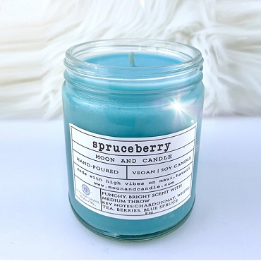 Spruceberry Scented Candle & Crystal